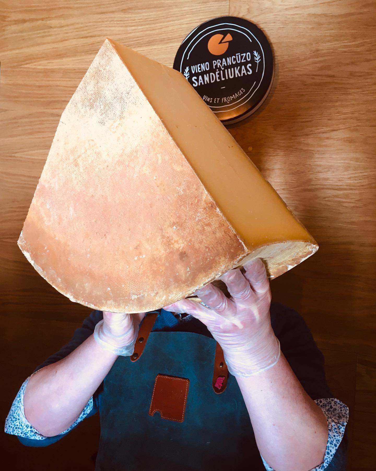 Sūriai kitaip